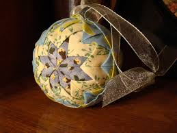 easy no sew quilted christmas ornament this folded fabric
