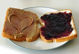 how to make the perfect peanut butter and jelly sandwich in 6