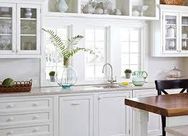 ideas for decorating above kitchen cabinets ellajanegoeppinger com