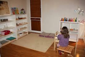 chambre montessori chambre montessori awesome chambre bébé montessori room 106