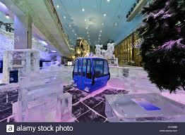 ice blocks and small cabins as decorations in the ski dubai indoor