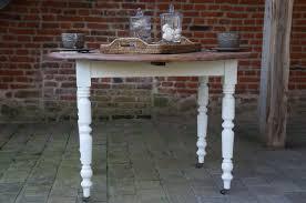 table ronde pliante cuisine table ronde pliante cuisine stunning table chne couverts biface la