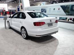 volkswagen jetta white 2017 file volkswagen jetta gli 2017 side back jpg wikimedia commons