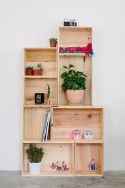 Making Wooden Bookshelves by Best 25 Diy Wooden Box Ideas On Pinterest Wooden Boxes Simple