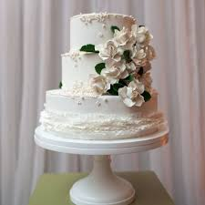 wedding cake sederhana 5 inpirasi wedding cake yang cantik mempesona thewedding id