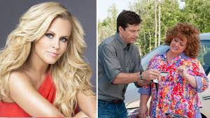 jenny mccarthy comes to the defense of cousin melissa mccarthy