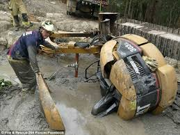 mr mudd concrete home facebook nsw man daniel miller stuck in dam praised for grit daily mail