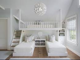 chambre en bois blanc intérieur blanc et bois 40 idées inspirantes à emprunter