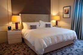 chambre nuit une nuit au trianon palace à versailles