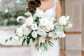 floral arranging wedding details photography dana fernandez bride bridal bouquet freesia lisianthus veronica peony floral greenery by maxit flower design houston texas jpg