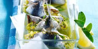 cuisiner des sardines fraiches roulés de sardines au chèvre frais recettes femme actuelle