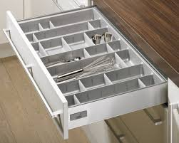 tiroire cuisine ramasse couverts modulable orgatray professional hettich