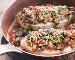 cuisiner espadon recette espadon aux olives en papillote