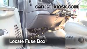 2007 ford mustang fuse box location interior fuse box location 1999 2007 ford f 250 duty 2002