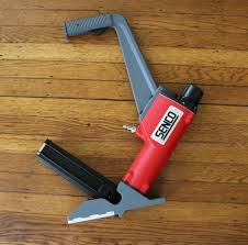 Laminate Floor Stapler Senco Shf200 Flooring Nailer Review U2014putting It To The Floor