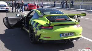 porsche gt3 991 akrapovic pumps up the volume on this porsche 991 gt3 rs the drive