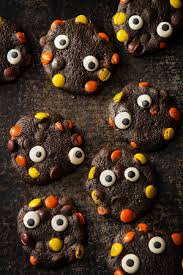 17 halloween cookies that will give you chills and thrills