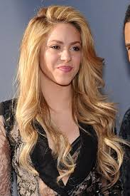 what color is shakira s hair 2015 shakira s hairstyles hair colors steal her style page 2