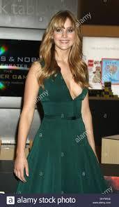Barnes Nob Jennifer Lawrence Special Signing Event At Barnes U0026 Noble