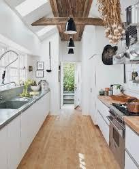 cuisine couloir installer une cuisine parfaite dans un couloir