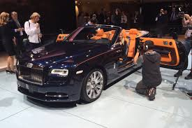 bentley wraith roof lid lifted on sleek new rolls royce dawn convertible auto express