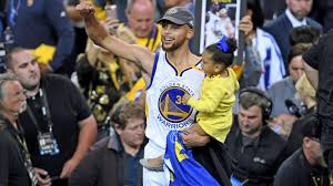 How Much Does Stephen Curry Bench Warriors Win Title Second Ring Makes Steph Curry A Legend