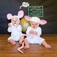 Halloween Costumes Twin Girls Pop Culture Costumes Siblings Twins Popsugar Moms