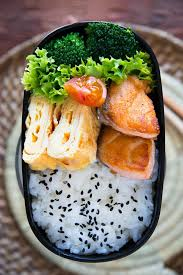 apprendre à cuisiner japonais salmon bento but could use other fish or http amzn to