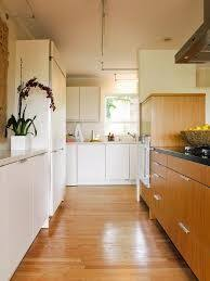 10 fabulous two tone kitchen cabinets ideas samoreals 10 fabulous two tone kitchen cabinets ideas