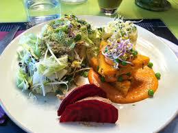 pousse pousse cuisine pousse pousse restaurant bio végétarien à la table verte