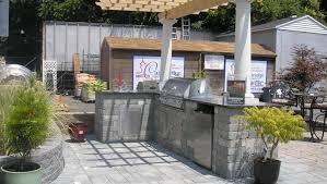 simple outdoor kitchen ideas kitchen backyard bbq grill stunning outdoor kitchen lowes design