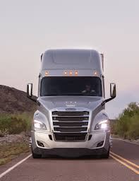 freightliner trucks pushes innovation with new cascadia demand