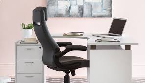 lampe de bureau professionnel style professionnel structube