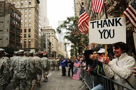 thanksgiving parade in houston thousands line fifth avenue for annual veterans day parade cbs