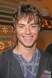 Jeremy Sumpter Friday Night Lights Jeremy Sumpter Biography And Filmography 1989