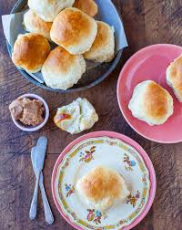 no knead make ahead dinner rolls with honey butter averie cooks