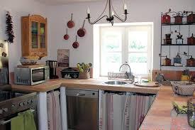 cuisine dans maison ancienne deco cuisine maison de cagne la s lection des 6 plus surprenantes