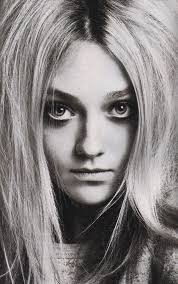 dakota fanning 4 wallpapers dakota fanning magazines and v magazine on pinterest