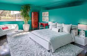 peindre les murs d une chambre décorer les murs d une peinture turquoise 38 idées d été