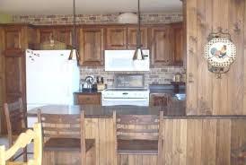 armoire de cuisine rustique armoire de cuisine en pin p cuisine en pin armoire de cuisine en pin