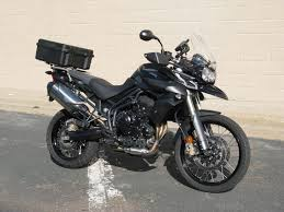 triumph tiger 800 slider rack with skb 40 liter top case back
