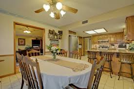 Hill Country Dining Room by 3br Hill Country Lodge With Tub Ra88302 Redawning