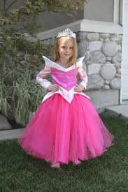 Princess Aurora Halloween Costume College Halloween Costume Ideas 75 Minute College Halloween
