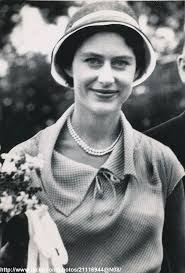Triptrip by 176 Best Royal Hats Princess Margaret Images On Pinterest