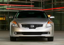 nissan altima coupe sports car 2009 nissan altima coupe demands attention with aggressive styling