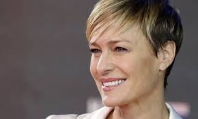 house of cards robin wright hairstyle robin wright demanded equal pay to kevin spacey for house of cards
