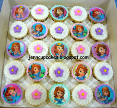 bob the builder cupcake toppers jenn cupcakes muffins transformers jenn cupcakes muffins sofia the cupcakes