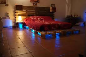 cool bed frames made with pallets bedroom mommyessence com