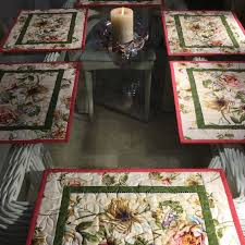 table setting runner and placemats 73 best placemats images on pinterest tablecloths christmas