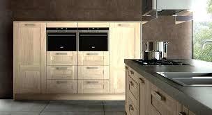 porte de la cuisine porte de cuisine en bois brut dactail de la cuisine bois moderne